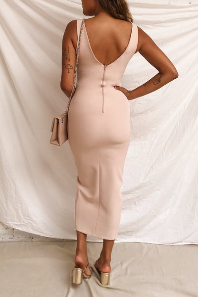 Tivoli Blush Pink V-Neck Midi Dress | La petite garçonne on model