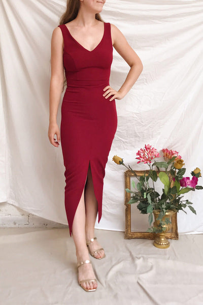 Tivoli Burgundy V-Neck Midi Dress | La petite garçonne on model