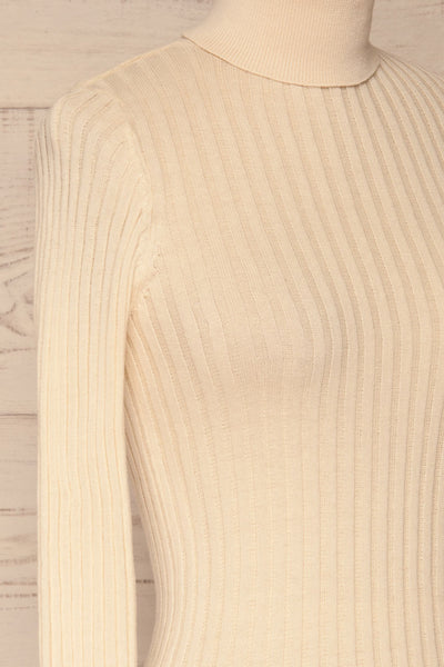 Tomsk Cream Turtleneck Top | Haut | La Petite Garçonne side close-up