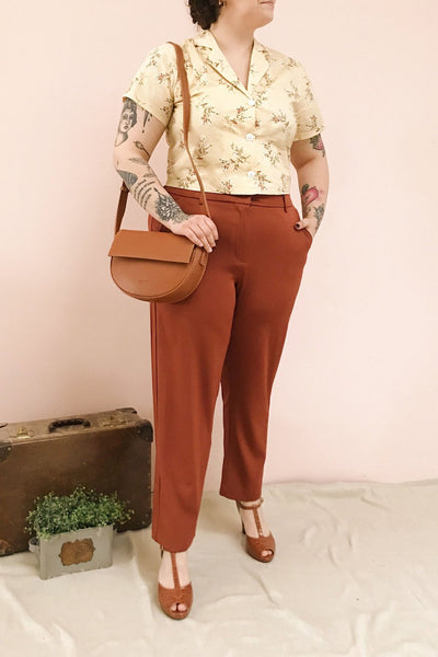 Issie Paprika Rust Orange Straight Leg Pants | La petite garçonne model look 1