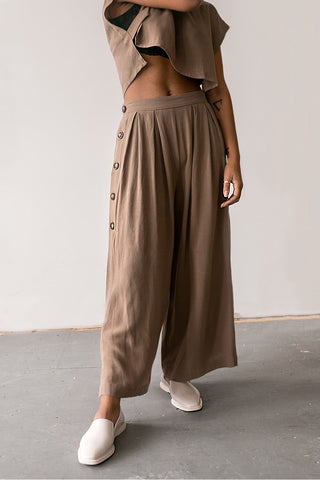 Banbury Khaki Wide Leg Cropped Pants | La Petite Garçonne Chpt. 2 on model