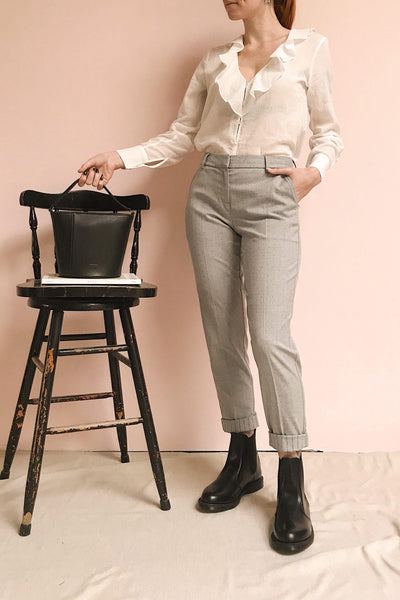 Faksvaag Light Grey Tailored Dress Pants | La petite garçonne model look