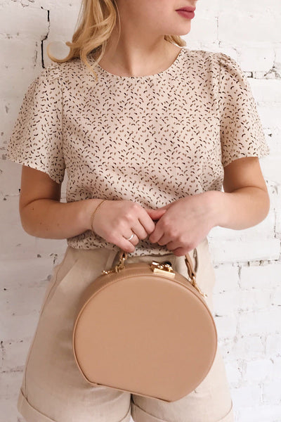 Eidstranda Beige Patterned Chiffon Top | La petite garçonne on model