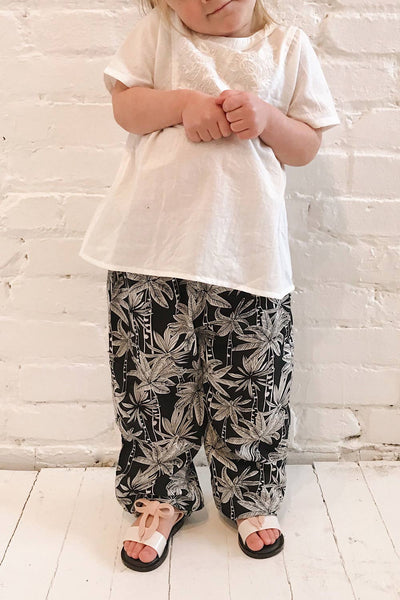 Terlizzi Mini Black & White Patterned Kids Pants | La Petite Garçonne on model