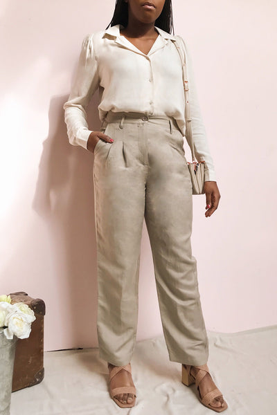 Tver Beige High-Waisted Straight Leg Pants | La petite garçonne model look