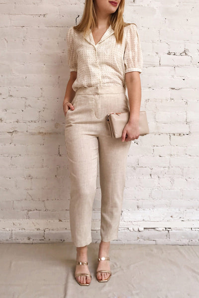 Keflavik Beige High Waist Cropped Pants | La petite garçonne model look