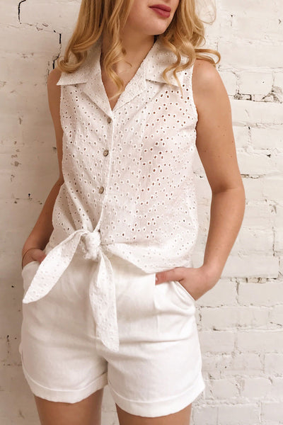 Takasaki White Openwork Sleeveless Blouse | La petite garçonne on model