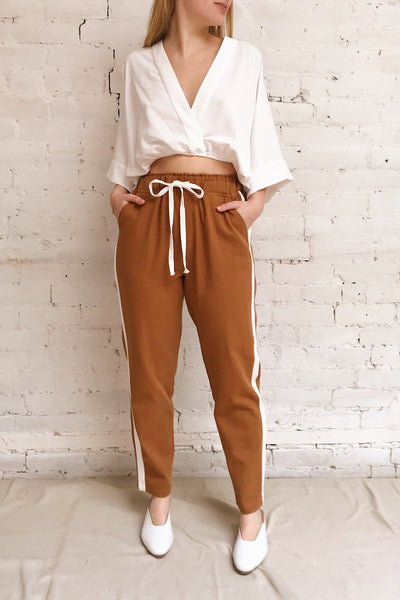 Elevtherai Brown Straight Leg Pants | La petite garçonne on model