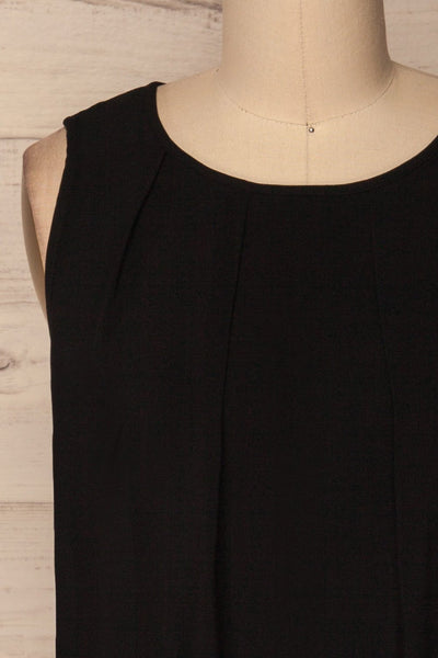 Trute Black Sleeveless Pleated Top with Keyhole | La Petite Garçonne