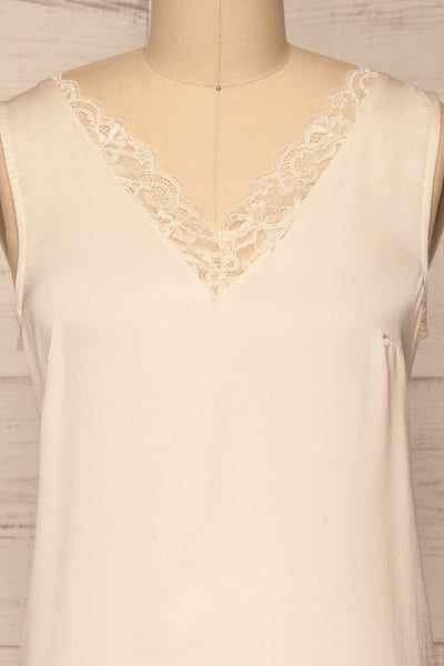 Tullow Cream Satin Camisole | Haut | La Petite Garçonne front close-up
