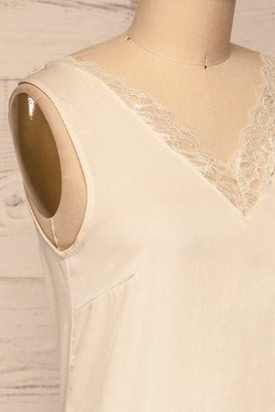 Tullow Cream Satin Camisole | Haut | La Petite Garçonne side close-up