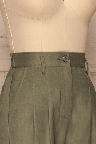 Tver Khaki High-Waisted Pants side close up | La petite garçonne