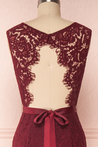 Uranie Burgundy Lace Mermaid Gown | Boudoir 1861 front close-up