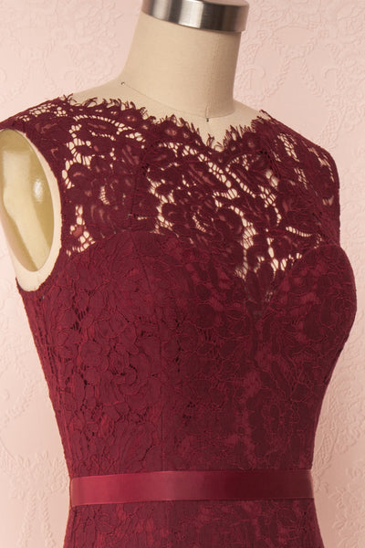 Uranie Burgundy Lace Mermaid Gown | Boudoir 1861 side close-up