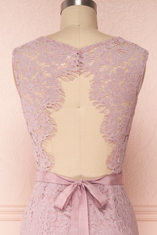 Uranie Mauve Lilac Lace Mermaid Gown | Boudoir 1861 back close-up