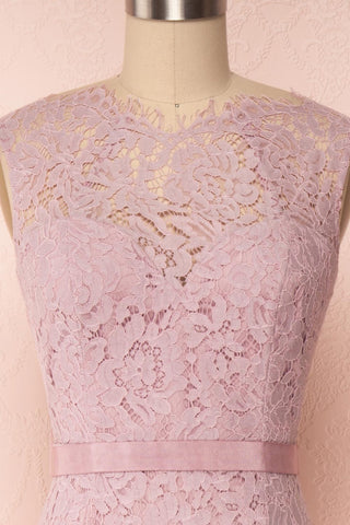 Uranie Mauve Lilac Lace Mermaid Gown | Boudoir 1861 front close-up