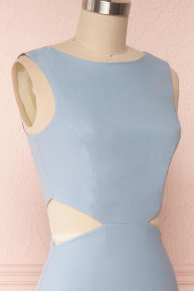 Vallata Celeste - Baby blue waist cut-outs fitted gown side close up