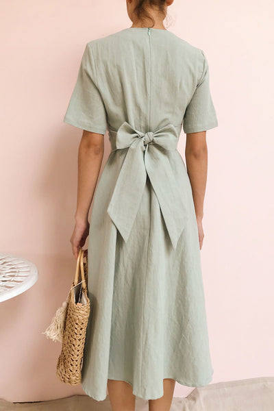 Valthi Blue Linen A-Line Midi Dress | La petite garçonne model back