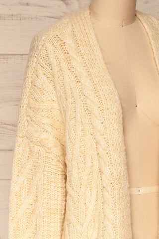 Varvarin Cream Knit Cardigan | La Petite Garçonne side close-up