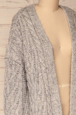 Varvarin Light Grey Knit Cardigan | La Petite Garçonne side close-up