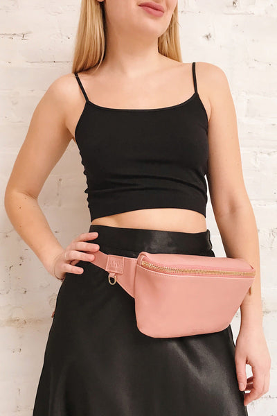 Viely Chili Brown Vegan Leather Fanny Pack | La petite garçonne on model