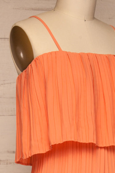 Venlo Grapefruit Coral Pleated Jumpsuit | La petite garçonne  side close-up