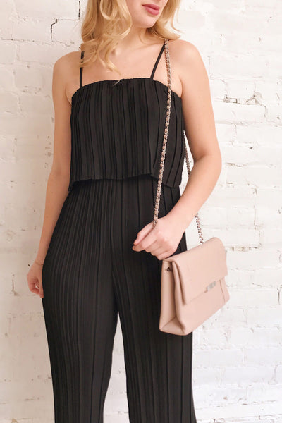 Venlo Blackberry Black Pleated Jumpsuit | La petite garçonne on model
