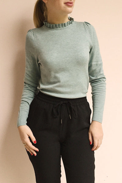 Wigan Rose Knit Sweater | Tricot Rose | La petite garçonne on model