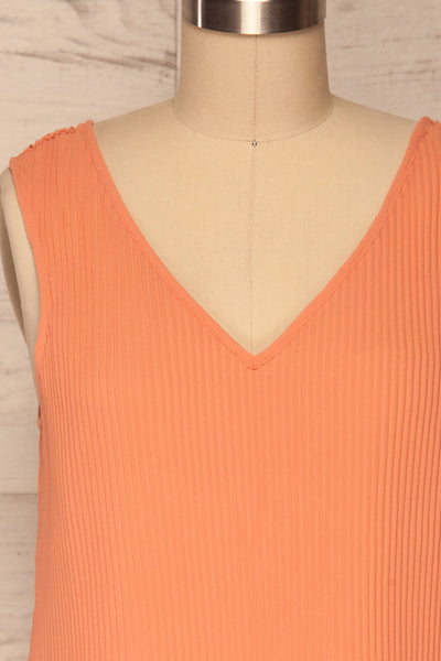 Xammes Pink Coral V-Neck Pleated Cami | La petite garçonne front close up