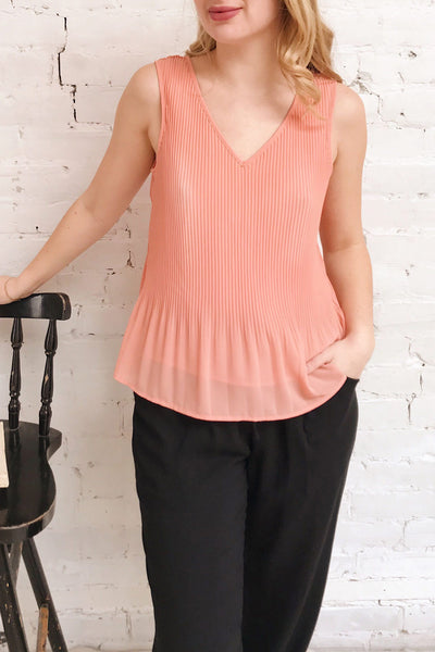 Xammes Pink Coral V-Neck Pleated Cami | La petite garçonne on model