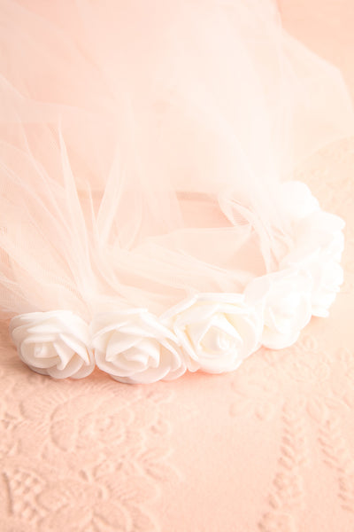 Abbrevio White Wedding Veil with Floral Headband | Boudoir 1861 2