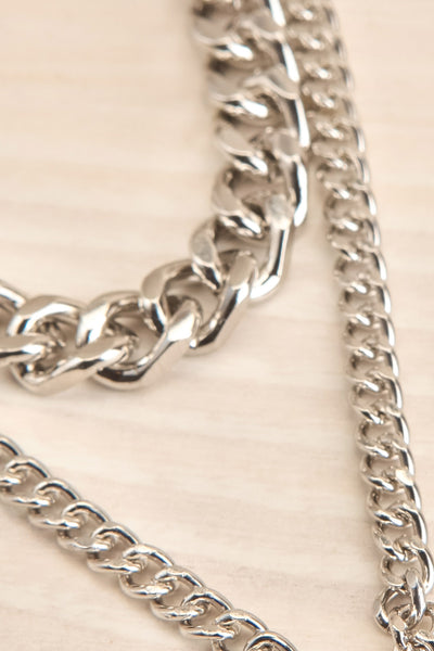 Acarus Argent Silver Chain Necklace with Padlock chains close-up | La Petite Garçonne