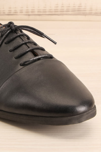 Adesus Night Black Leather Lace-Up Shoes | La Petite Garçonne Chpt. 2 4