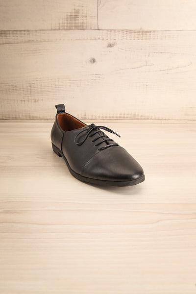 Adesus Night Black Leather Lace-Up Shoes | La Petite Garçonne Chpt. 2 3