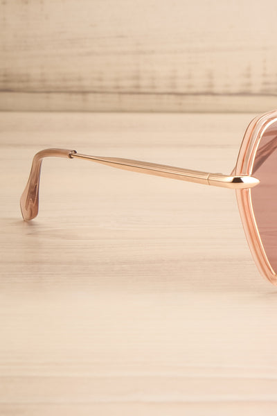 Agreste Peach & Taupe Sunglasses | La petite garçonne branch close-up