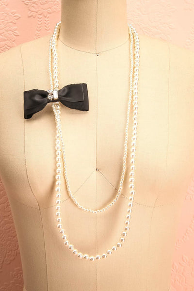 Agrimonia - Ivory pearled long necklace with a bow 1
