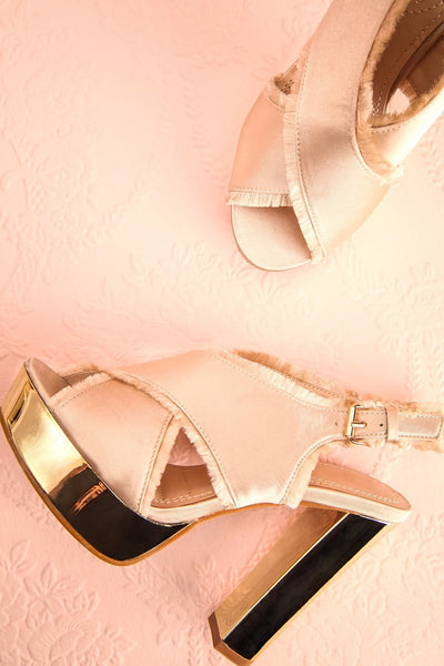 Alenne Champagne Beige and Gold Platform Sandals | Boutique 1861