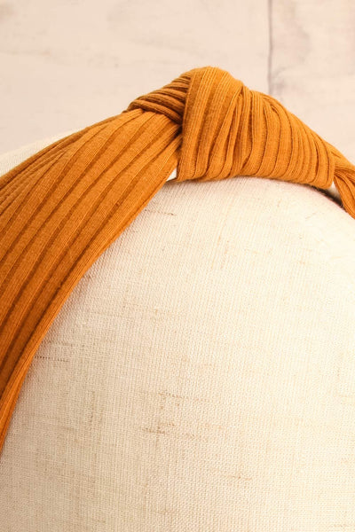 Almere Cayenne Yellow Ribbed Knit Headband w Knot on mannequin close-up | La Petite Garçonne