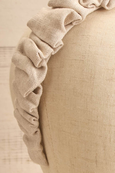 Altus Beige Scrunchie Texture Headband | La petite garçonne close-up