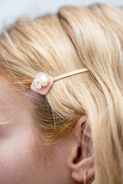 Anniken Diamant Golden & White Hair Pin with Pearls | Boutique 1861 model