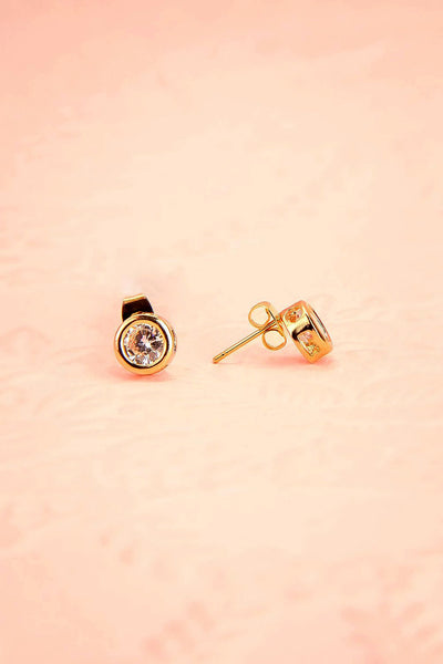 Arie Wolke - Golden and clear crystal stud earrings