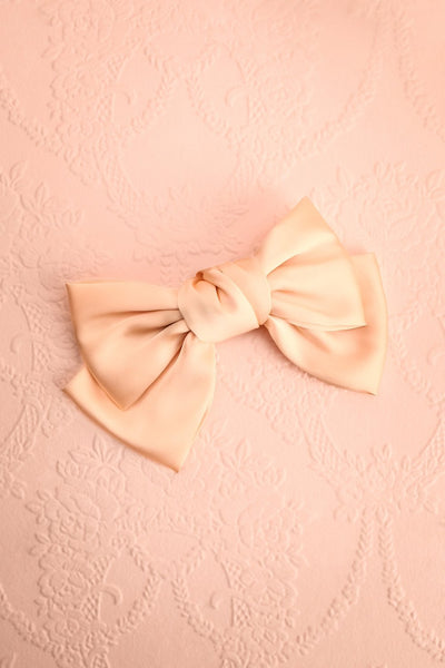 Arméria Tendresse Oversized Peach Satin Bow Hair Clip | Boutique 1861 1