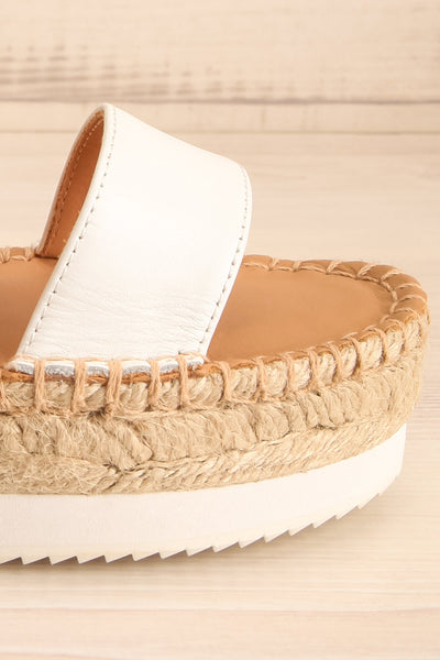 Aspasia White & Camel Sandals | La petite garçonne side front close-up