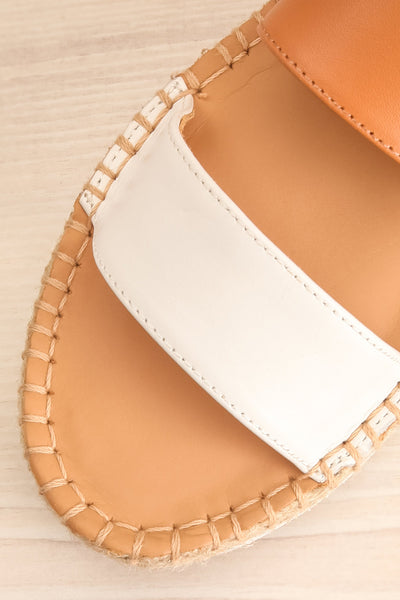 Aspasia White & Camel Sandals | La petite garçonne flat close-up
