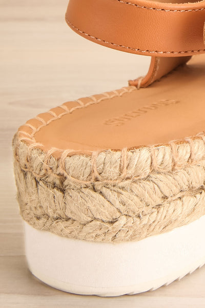 Aspasia White & Camel Sandals | La petite garçonne back close-up