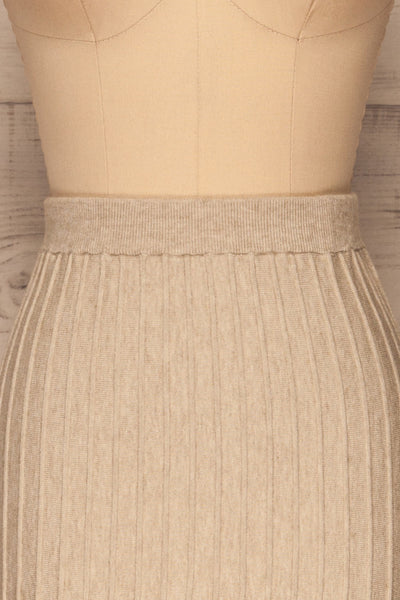 Aveiro Beige Knit Skirt | Jupe Beige | La Petite Garçonne front close-up