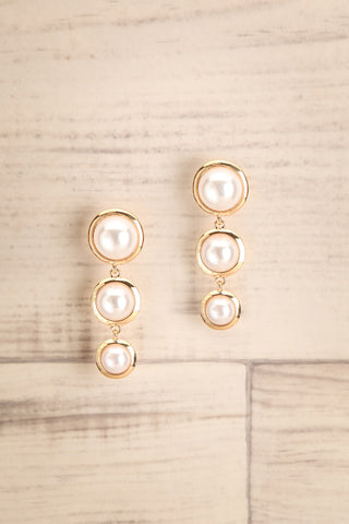 Averrhoa Golden & Pearl Pendant Earrings | La Petite Garçonne