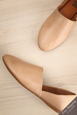 Babbro Cream Leather Slip-On Flats | La Petite Garçonne