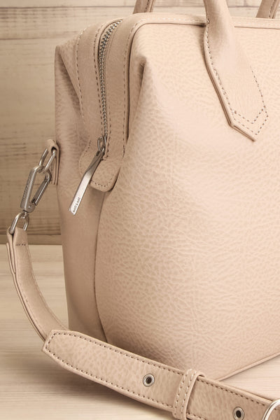 Baiga Dark Grey Beige Matt & Nat Handbag | La petite garçonne side close-up