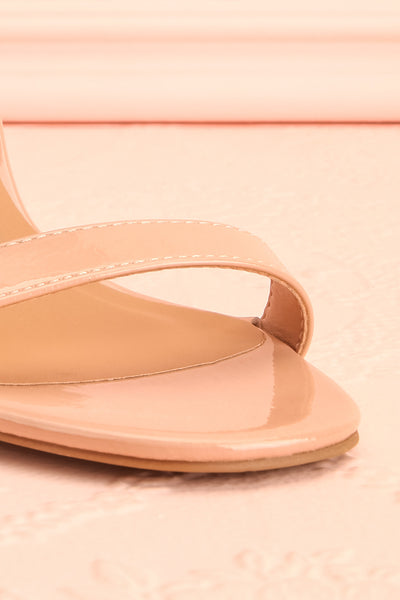 Bassompierre High Heeled Sandals | Sandales | Boutique 1861 front close-up
